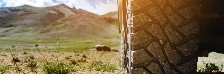 Off-Roading-Close-Up
