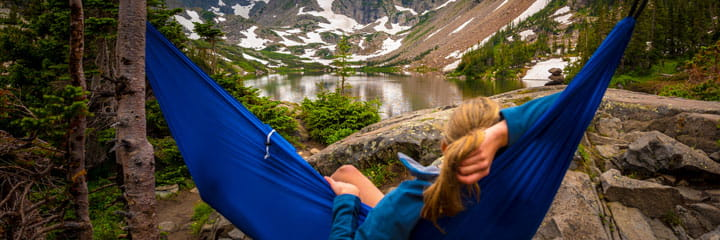Stay-healthy-this-summer-hammock-chill