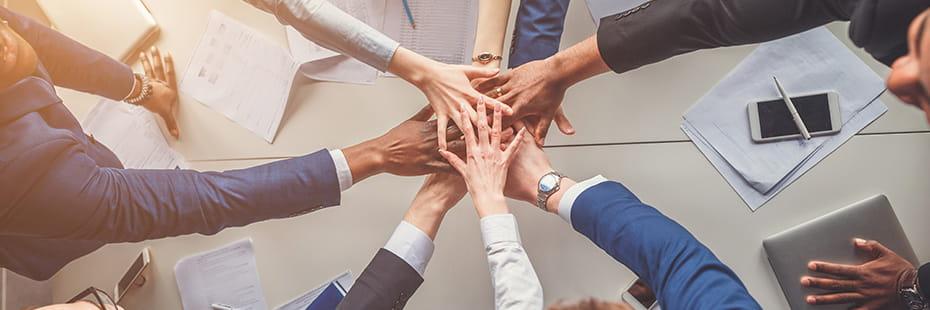 business-teamwork_desktop