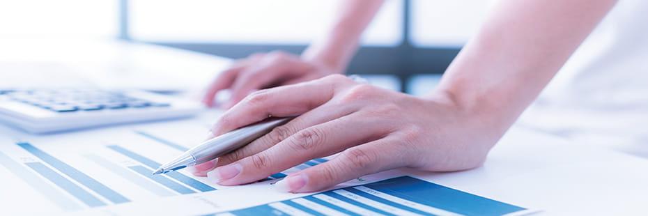 calculating-costs_desktop