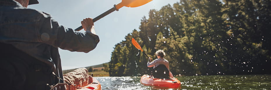 couple-kayaking-in-Colorado-outdoors_desktop