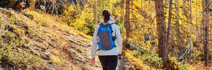 fall-hiking
