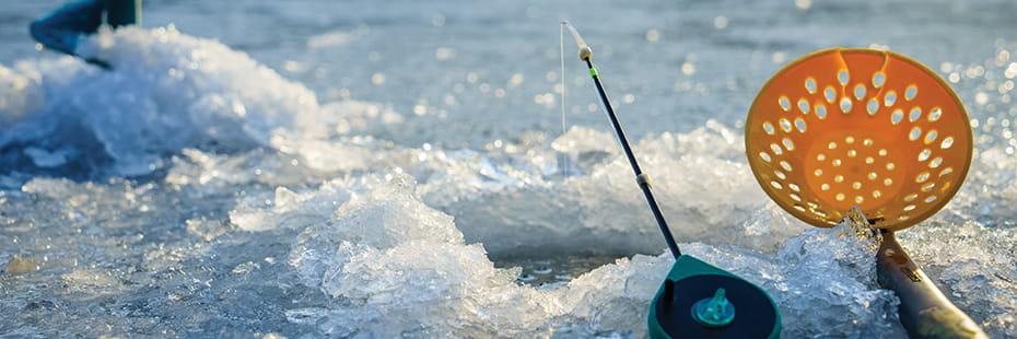 ice-fishing-in-Colorado_desktop
