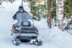 Snowmobile_TB
