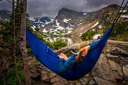 Stay-healthy-this-summer-hammock-chill_tb