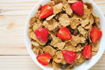 bowl-of-breakfast-cereal-with-fruit