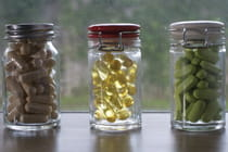 dietary-supplements-in-bottles