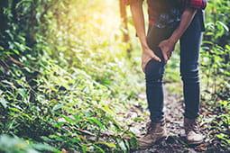 knee-pain-hiking_tb