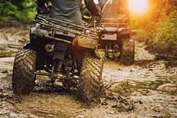 off-road-vehicle-quad-in-mud_tb