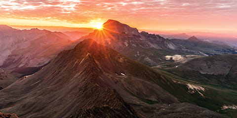 sunrise-over-mountains_mobile