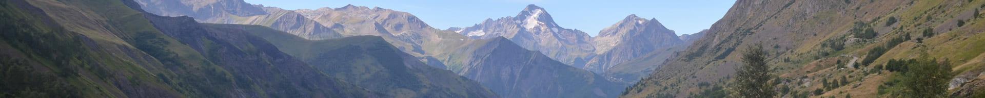 view of Colorado mountain peaks